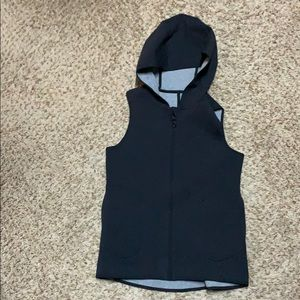 Lulu lemon reversible vest